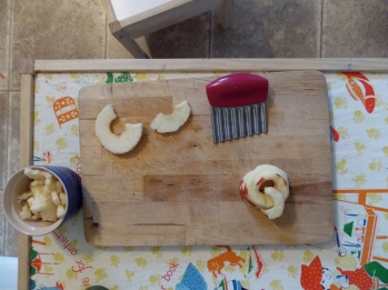 apple cutting wavy